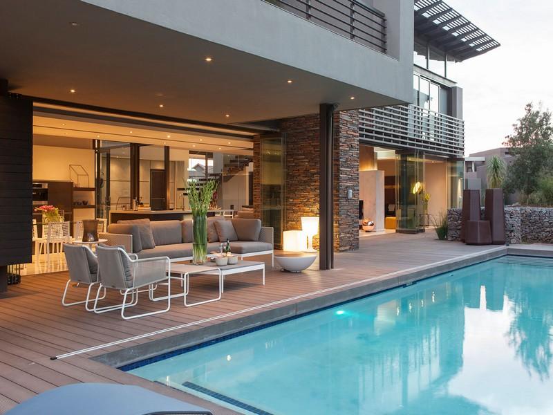 Mẫu thiết kế biệt thự hiện đại có bể bơi sang trọng bậc nhất
